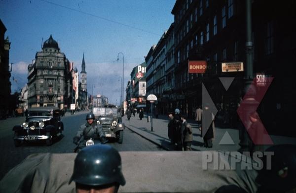 stock-photo-wehrmacht-convoy-at-the-praterstraye-in-vienna-austria-1938-10582.jpg