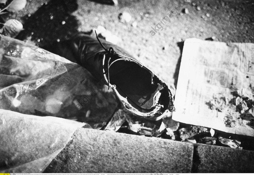 Oktoberfestattentat 1980, Schuh eines Op -  -