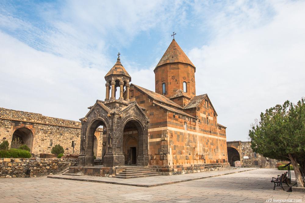 алая картинка охват армянский монастырь наверное