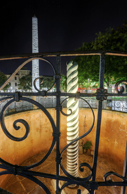 Ночной Стамбул. Змеиная колонна  (Yılanlı Sütun)