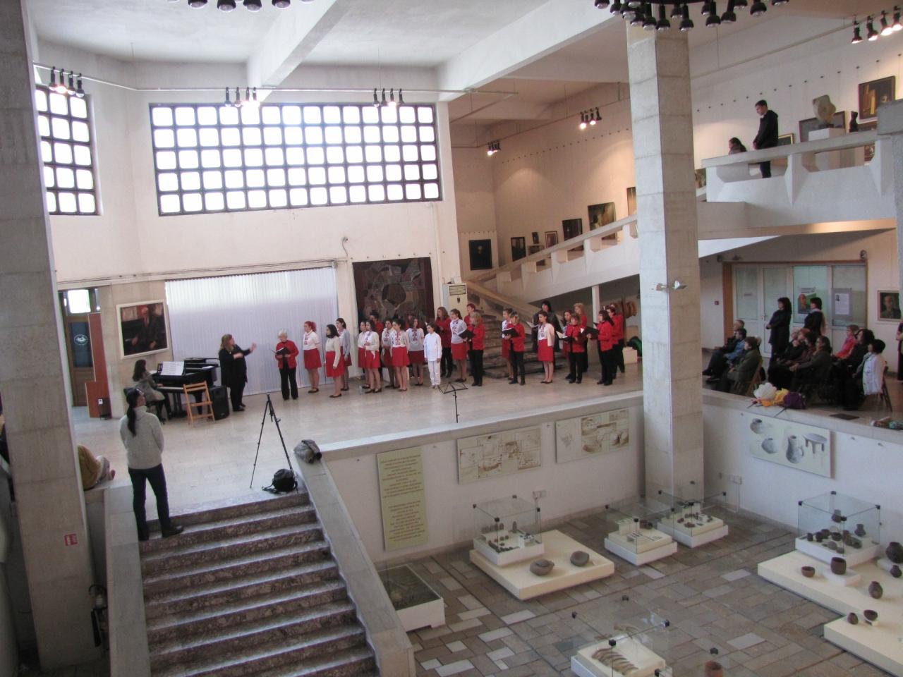 Казанлык: фракийские сокровища и хор