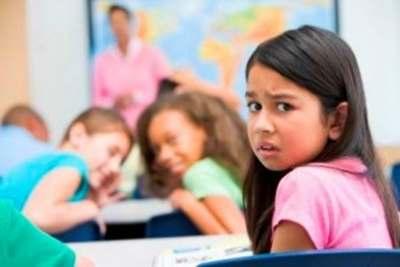 Надо ли переводить ребёнка в другую школу?  Популярна позиция, что перевод ребёнка в другой