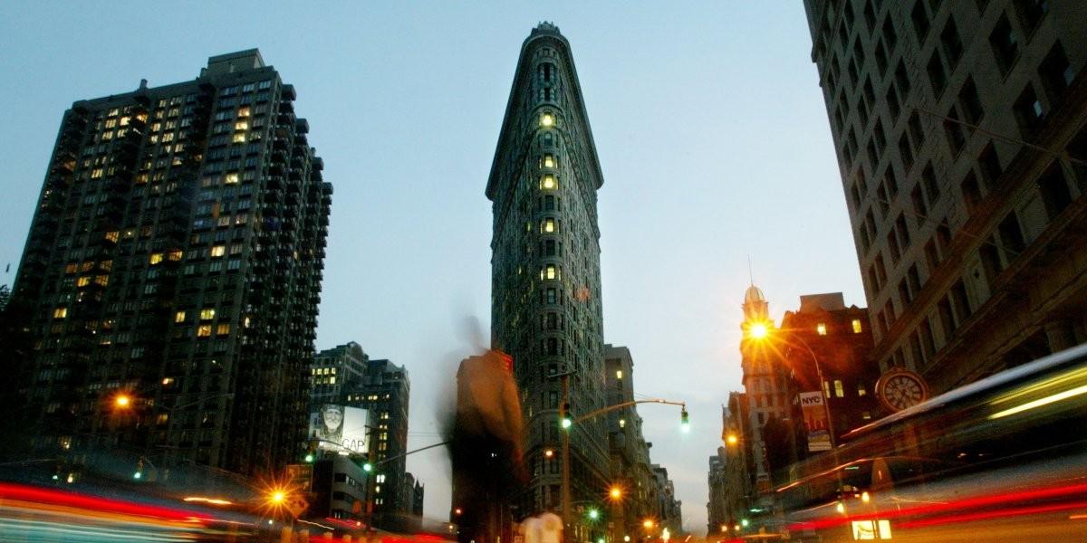 …как и Вулворт-билдинг — самое высокое здание мира в период с 1913 по 1930 год.
