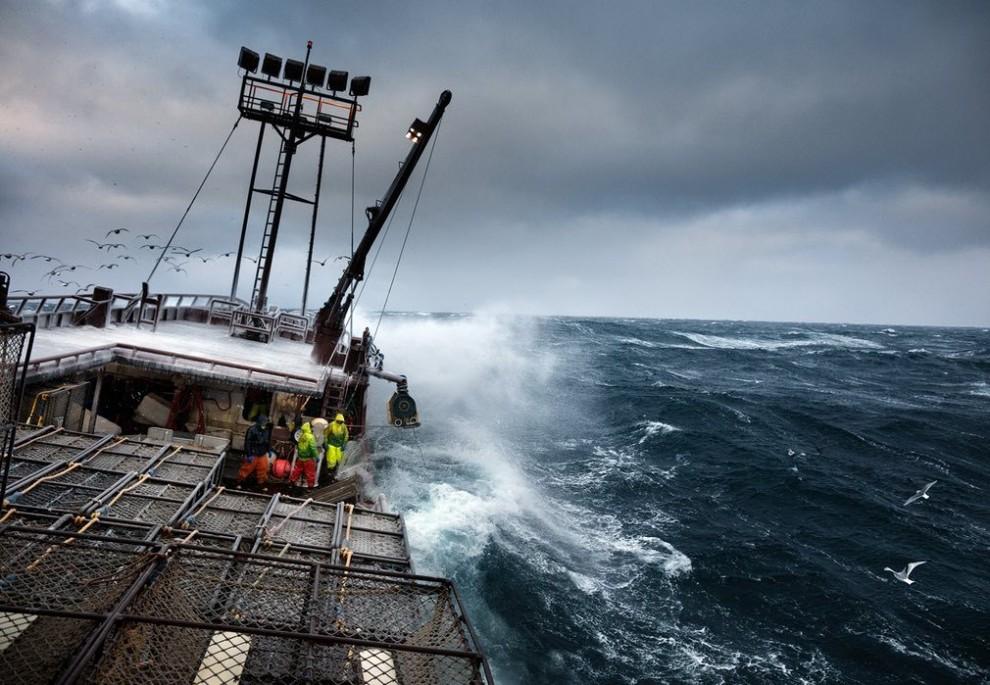 Алеутские мечты: жизнь рыбака из Аляски в фотографиях (13 фото)