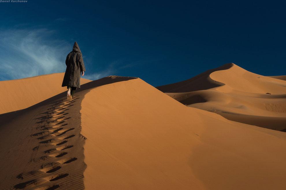На самом деле в ней колко и страшно неприятно находиться: она сделана из шерсти верблюда.