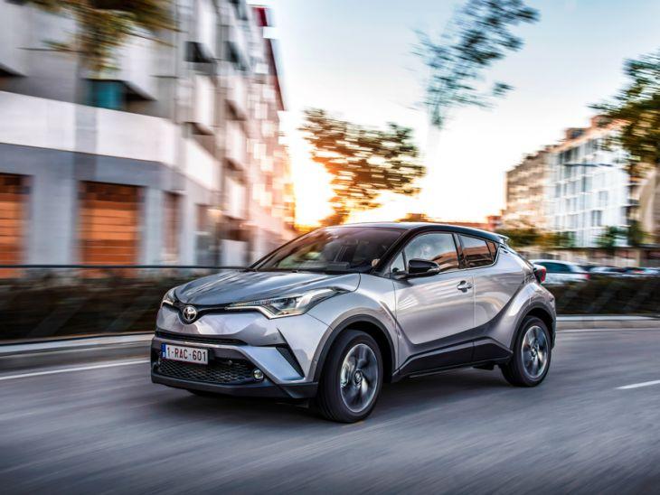 Новый полноприводный джип Тойота C-HR в Российской Федерации появится осенью
