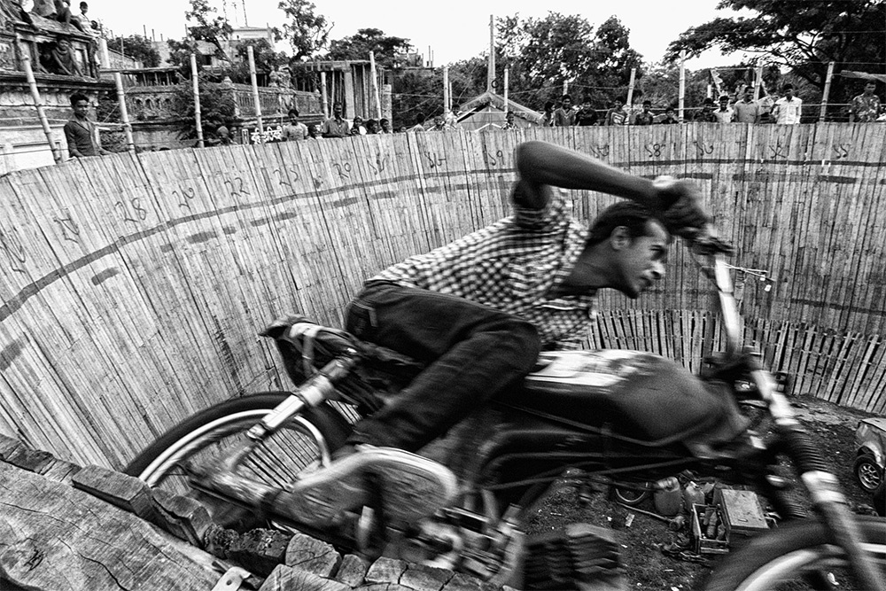 Nidal Adnan Kibria (Dhaka, Bangladesh). Finalist: Travel. Action Hero. As part of a show called