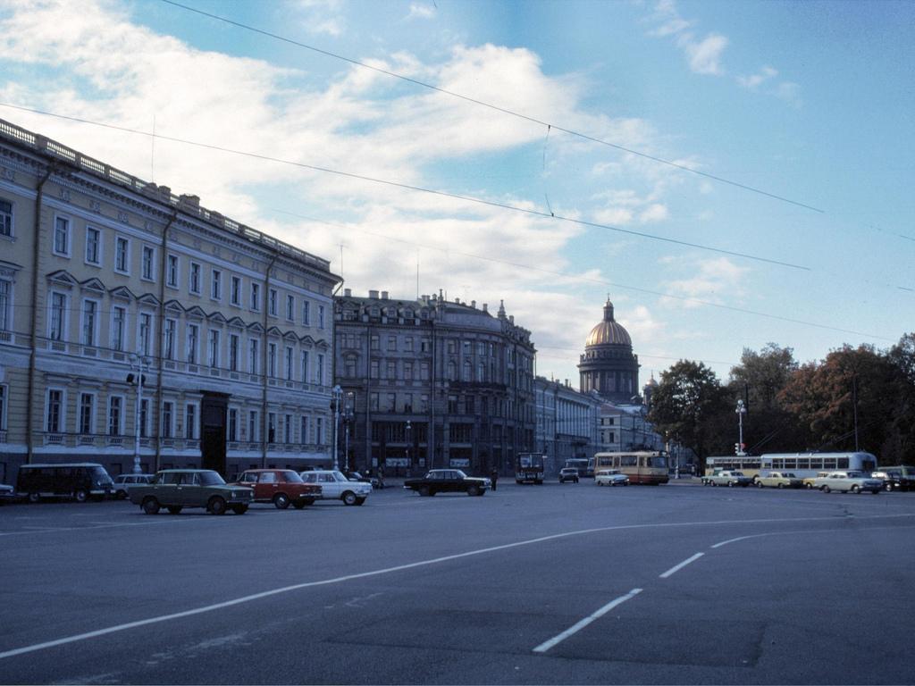 1979 Дэвид Л. Куэйл в Ленинграде (3).jpg