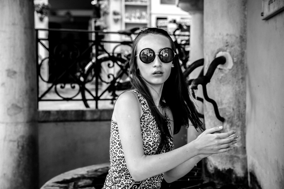 Стрит-фотографии Лазурного берега Алёны Новгородцевой