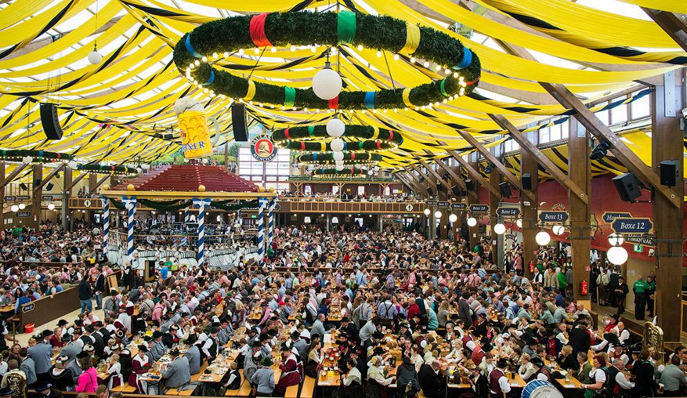 8. В соответствии с правилами проведения Октоберфеста, на празднике может разливаться только мюнхенс