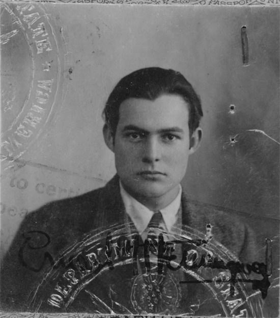 В начале 20-х годов Хемингуэй с семьей переехал в Париж и писал для местного издания Toronto Star (к