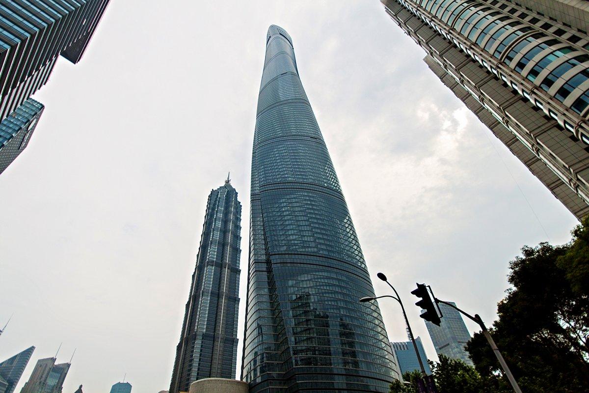Шанхайская башня (Шанхай, Китай). Проектирование — Gensler. Высота — 631 метр, это второе по высоте
