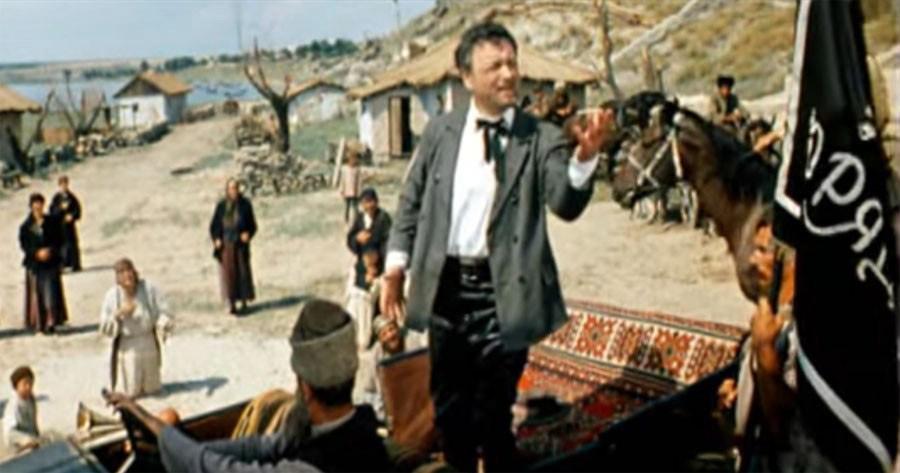 14. Но больше всего оператор фильма Федор Добронравов жалеет сцену, которую вырезали с формулир