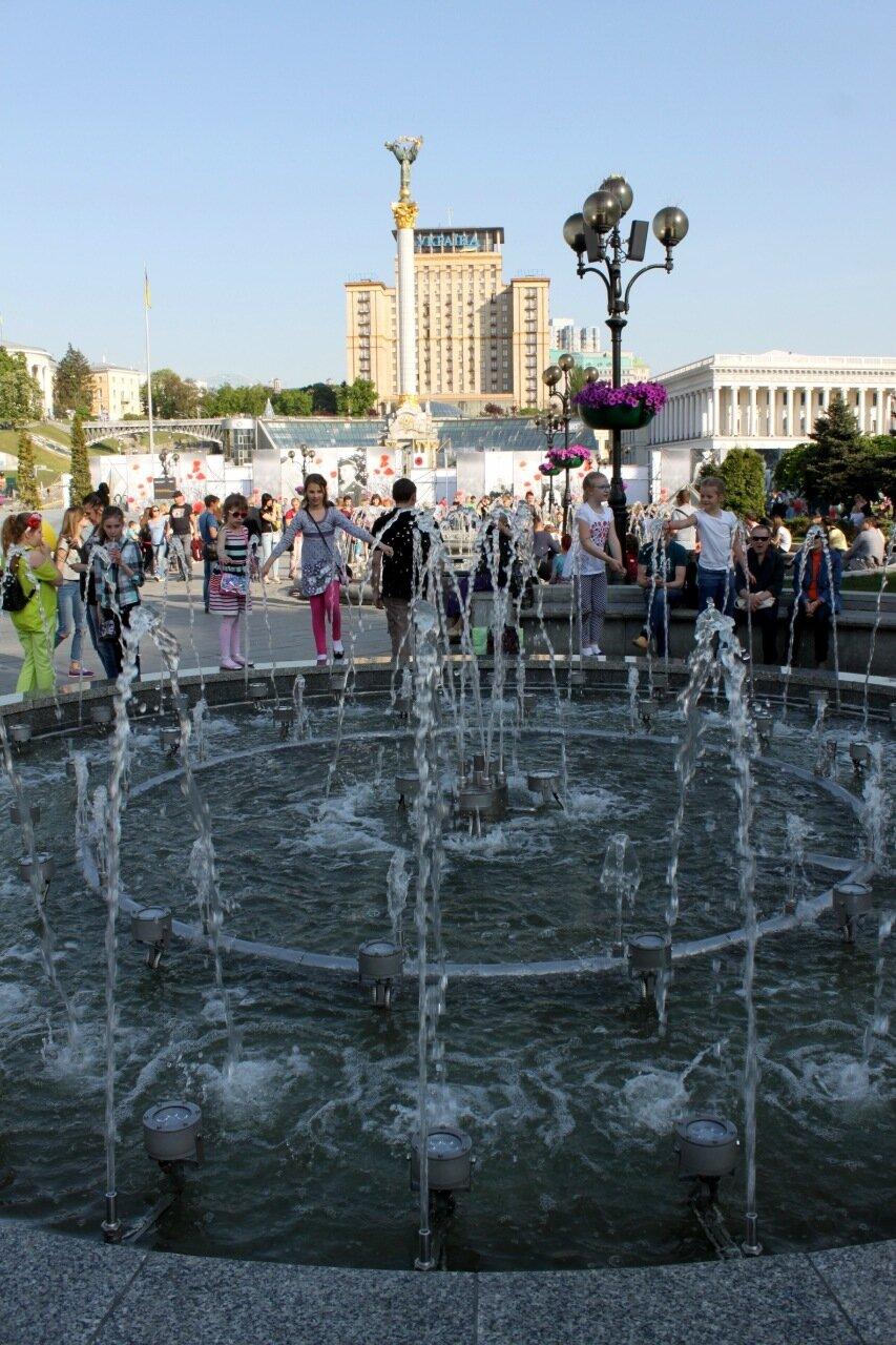 Малый фонтан Майдана Незалежности