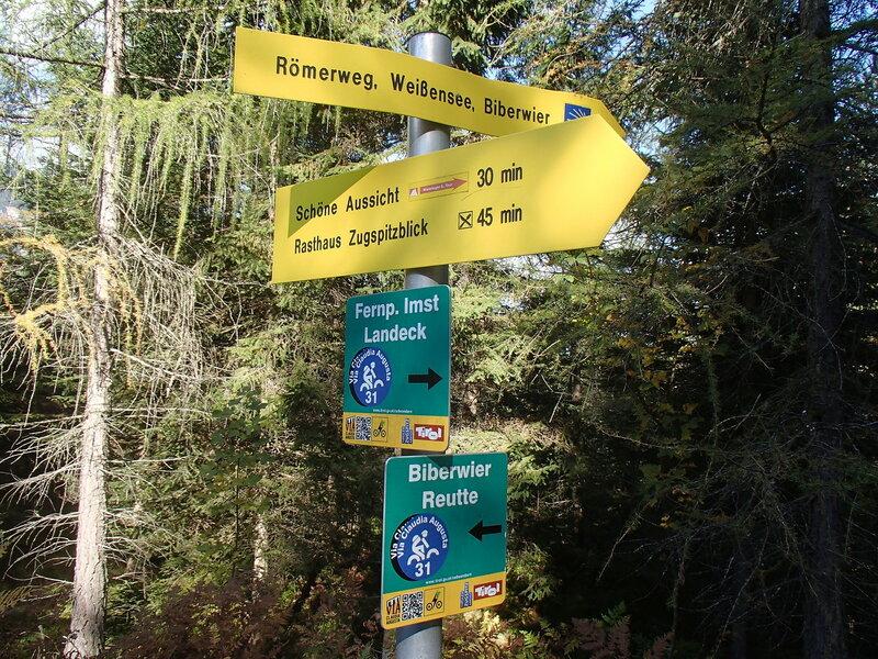 указатели на велосипедные и пешие маршруты через Фернпасс (Fernpass)
