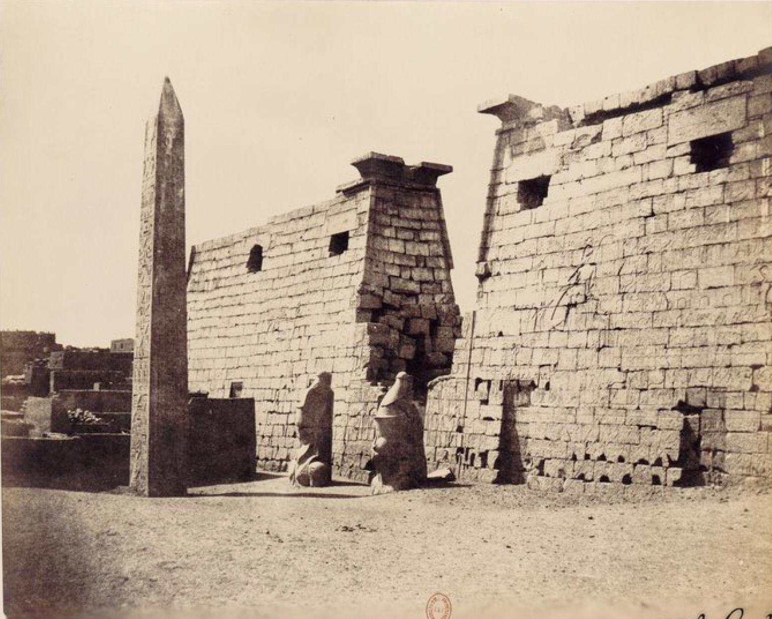 25. Пилоны храма в Луксоре