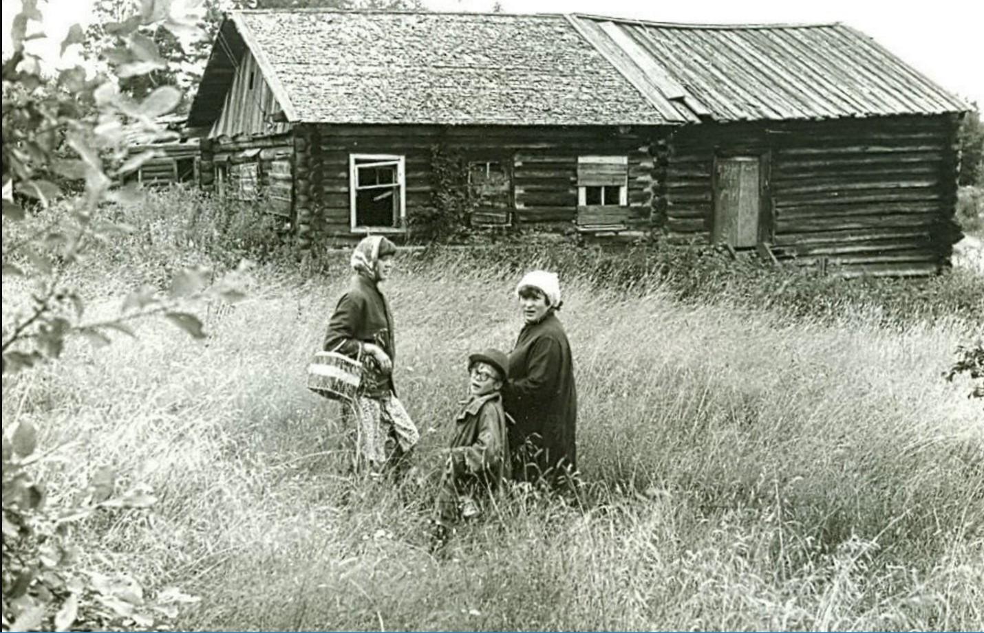 Деревня Владимирская. Слышкины Люба. (Вова. Татьяна г.Кемь)