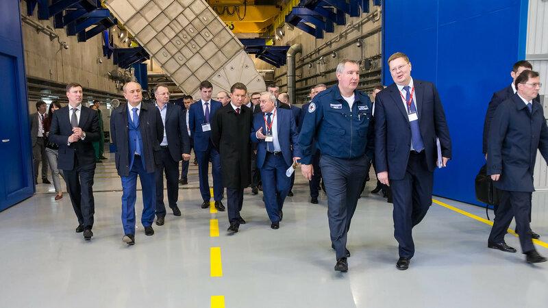 Рогозин: Роскосмос и«Вертолеты России» помогут воплотить проекты «Газпрома»