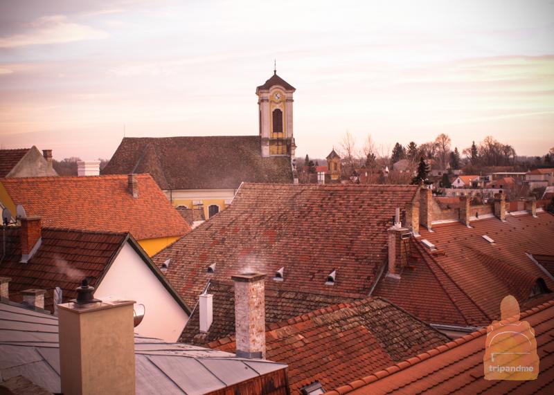 Черепичные крыши в Сентендре