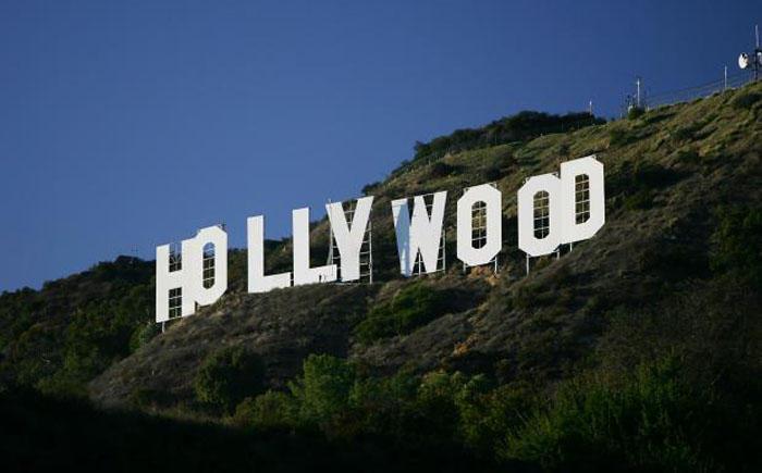 3. Оригинальная надпись «Hollywood» После того, как оригинальная надпись «Hollywood» была заменена н