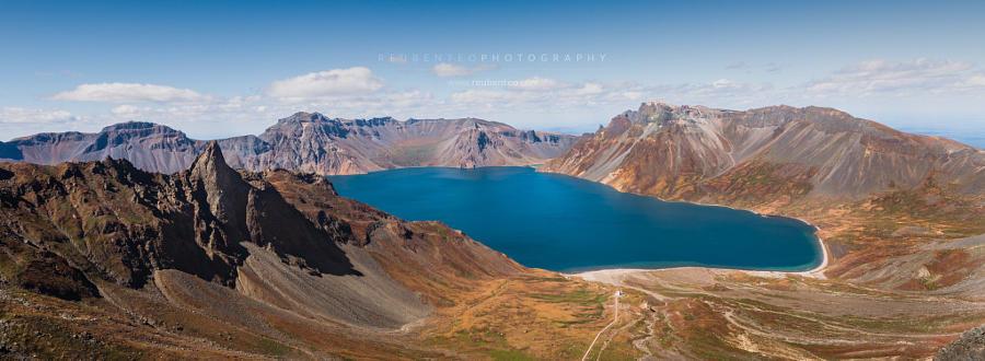8. Небесное озеро или озеро Чхонджи на горе Пэкту