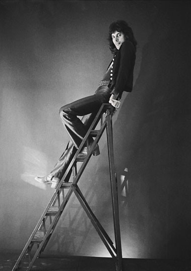 Фредди во время фотосессии в Примроуз-хилл на севере Лондона в сентябре 1974 года.