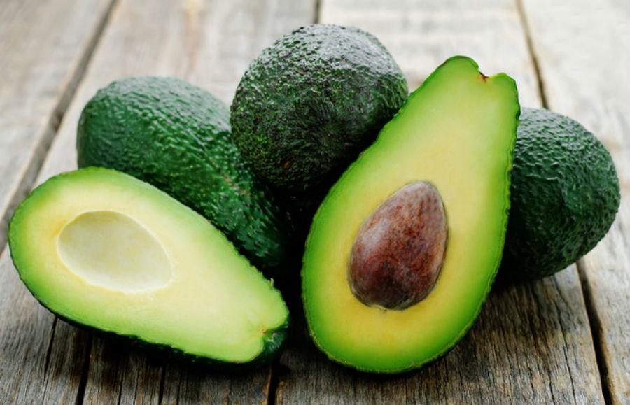 Авокадо Людовик XIV очень любил авокадо и был уверен, что они повышают его либидо. У авокадо мягкая