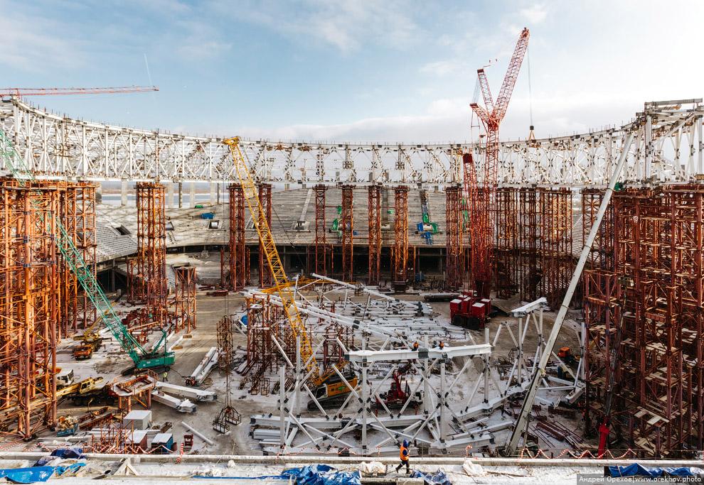 12. Панорама стройки стадиона «Нижний Новгород».