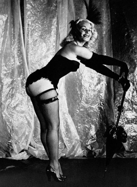 Среди фильмов с участием Сиры Марти — Edge of Hell (1956), Fanny Hill (1964) и Fingerprints Don't Li