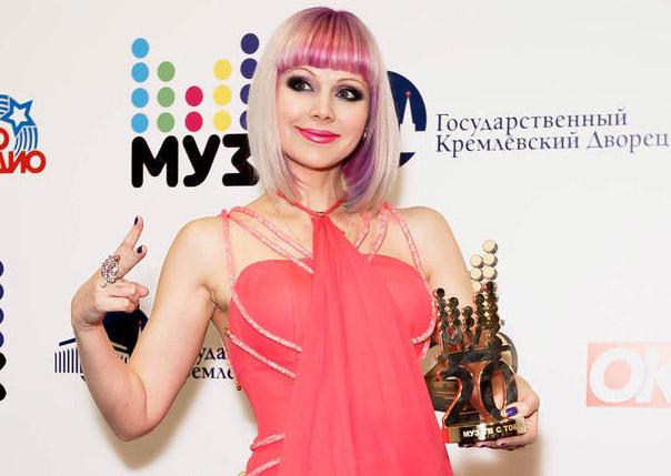 Эстрадная певица Натали готовится стать мамой в 3-й раз