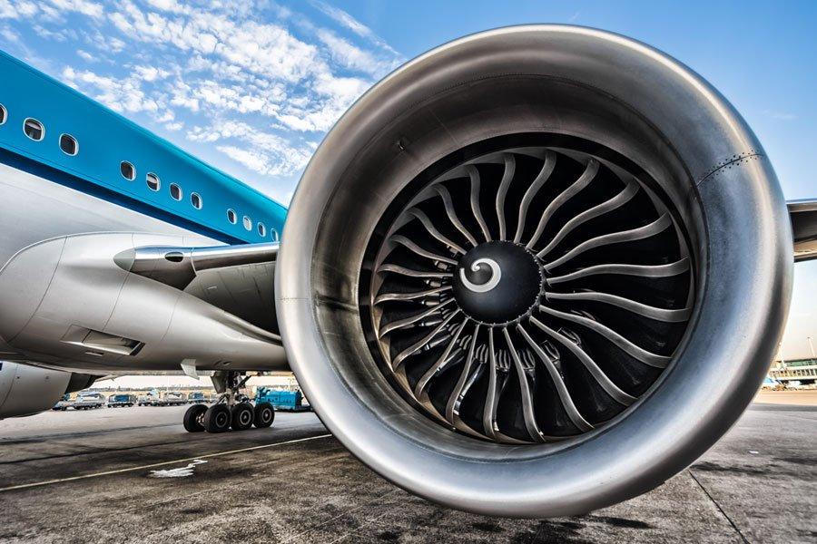 Ученые: Авиационное биотопливо уменьшит уровень вредных выбросов ватмосферу