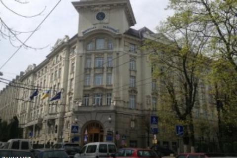 В помещении, где находятся кабинеты компаний нардепов Дубневичей, проходят обыски