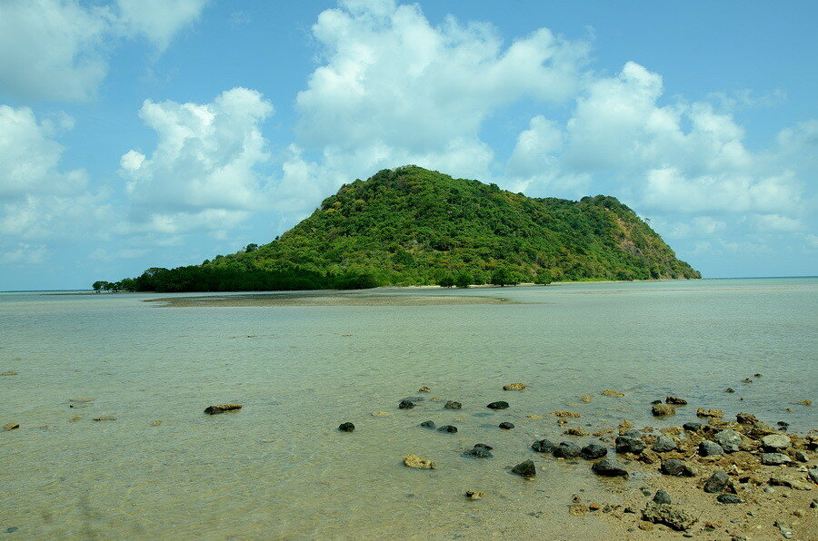 Остров Менури