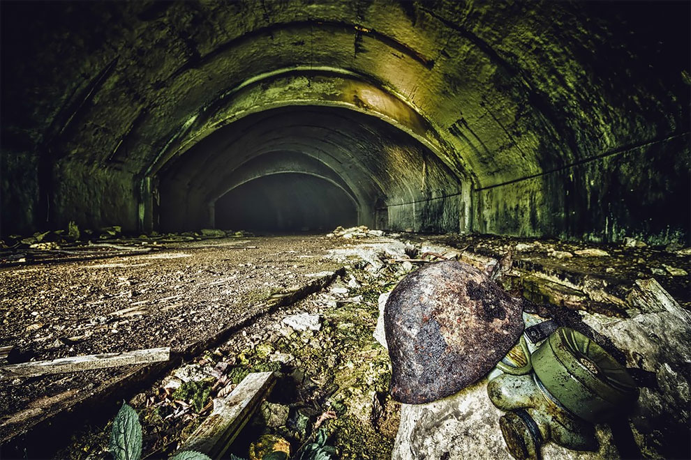 Stunning Pictures of an Abandoned Military Base