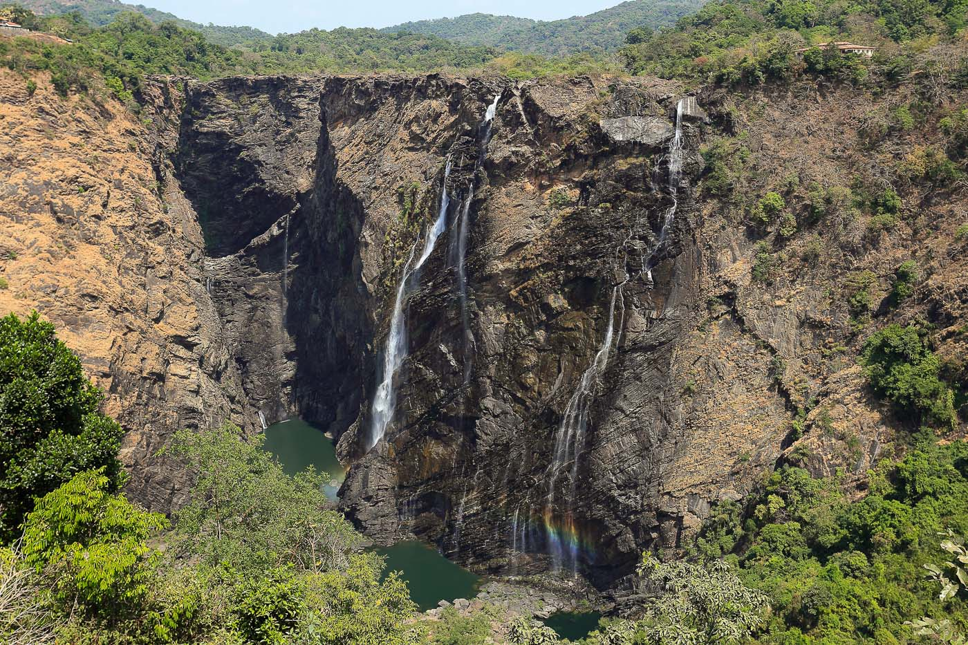 Фото №26. Водопад Джог. Какие интересные места можно увидеть в штате Карнатака. Отзывы туристов о посещении Индии. Камера Canon EOS 6D. Объектив Canon 24-70, 1/80, -1 eV, f 7.1, 36mm, ISO 100.