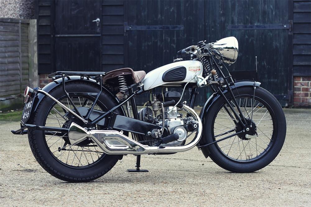 Отреставрированный мотоцикл Motoconfort C23 1933