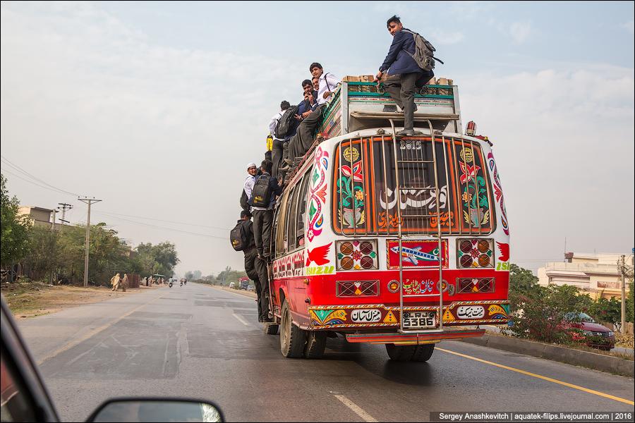 Пакистанский транспорт