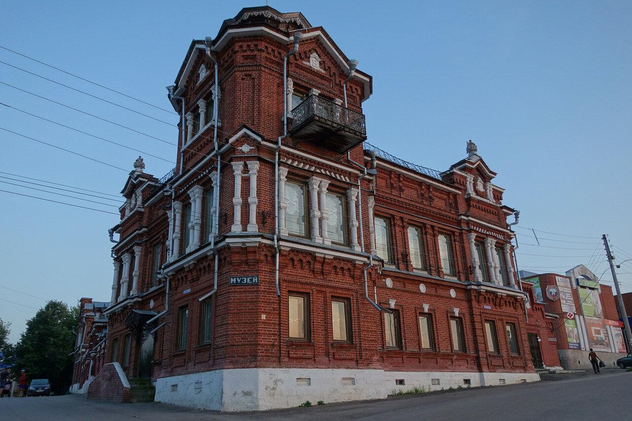 дом купцов Гомулиных - краеведческий музей