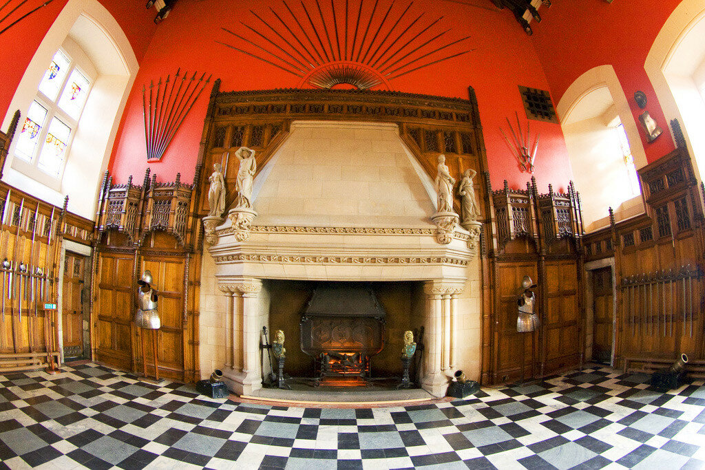 Edinburgh-Castle-Great-Hall.jpg