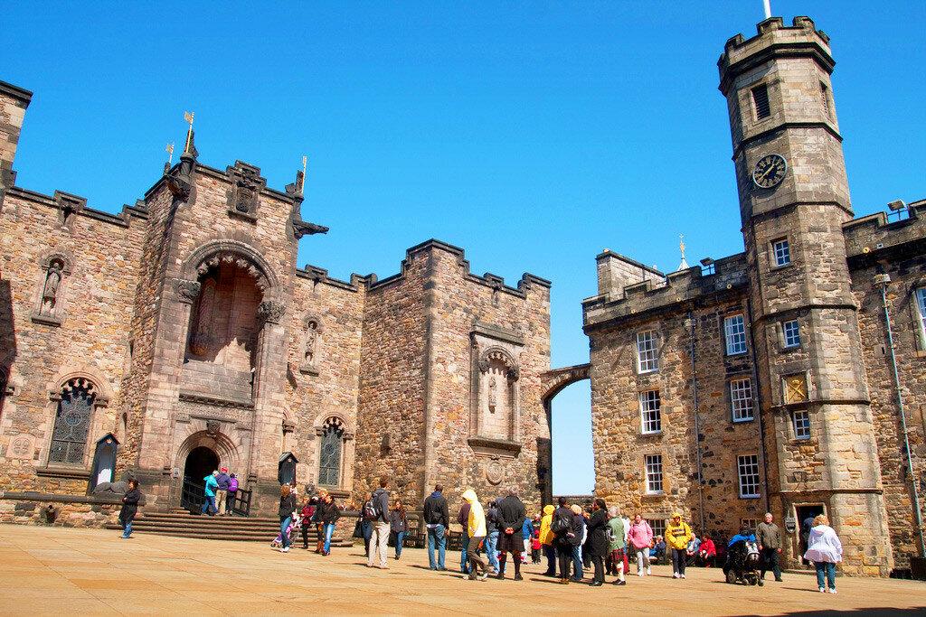 Edinburgh-Castle-inside.jpg