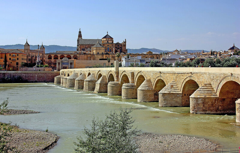 Римский мост через Гвадалквивир, Испания. Кордоба