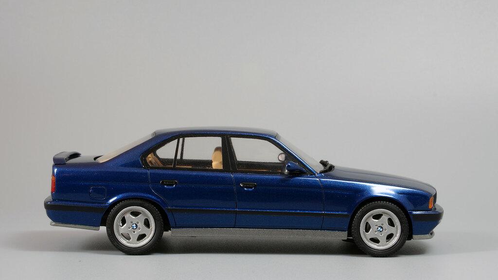 BMW_M5_E34_07.jpg
