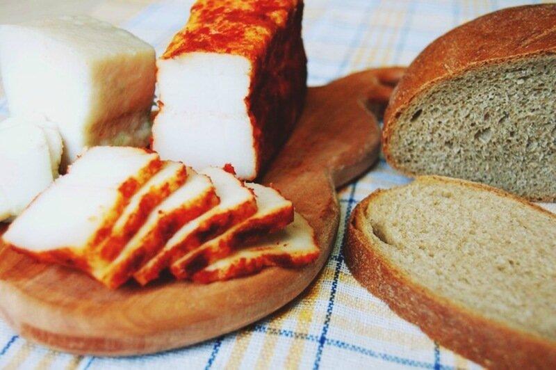 Домашнее острое сало из свиной грудинки с перцем