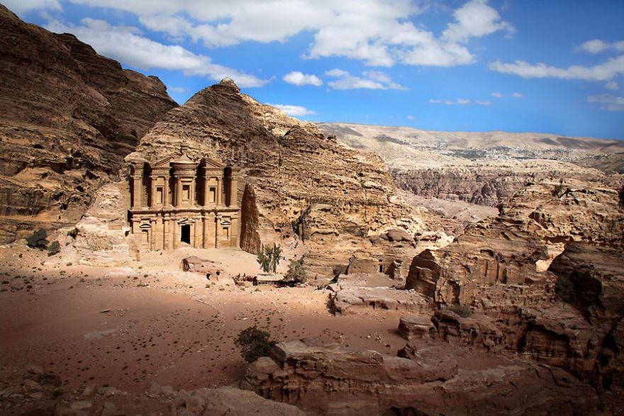 Монастырь Эль-Дейр, Иордания.