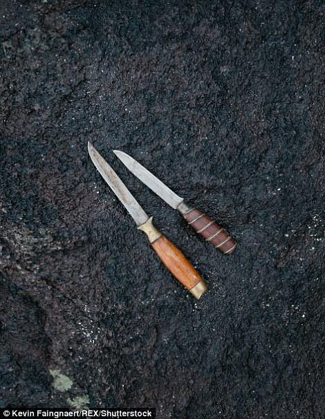 Фарерские ножи, которые используются для охоты на гринд.