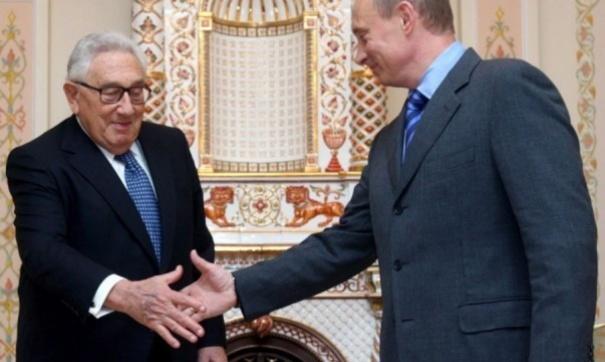 Киссинджер выразил надежду накибератаки США противРФ