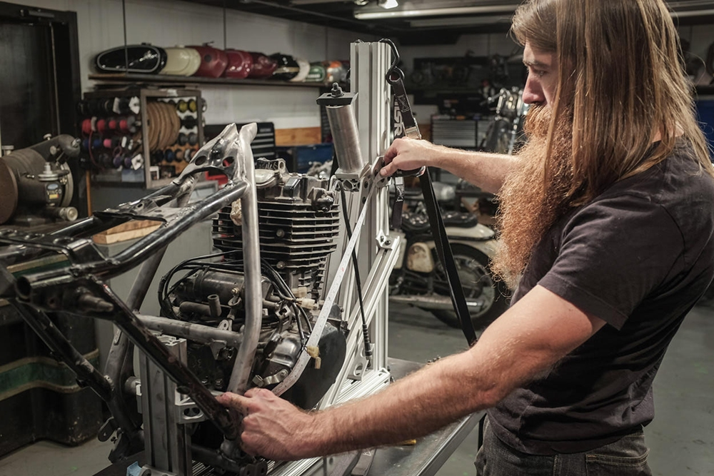Revival Cycles: кастом Honda FT500 Ascot