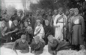 1918. Групповой снимок отряда Красноармейцев