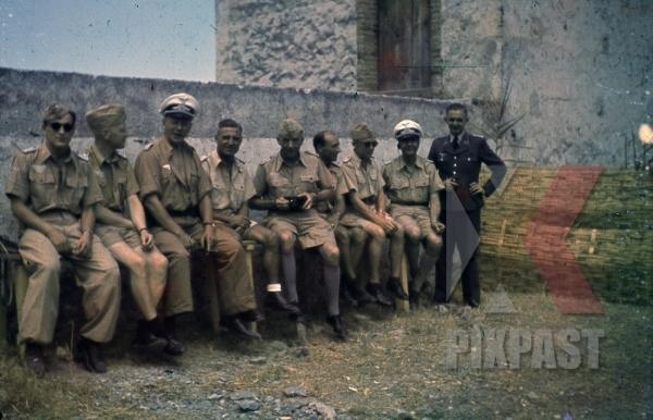 stock-photo-ww2-color-luftwaffe-field-division-2nd-lufllotte-tropical-luftwaffe-sicily-1943-kar98-trainning-sun-glasses-8343.jpg