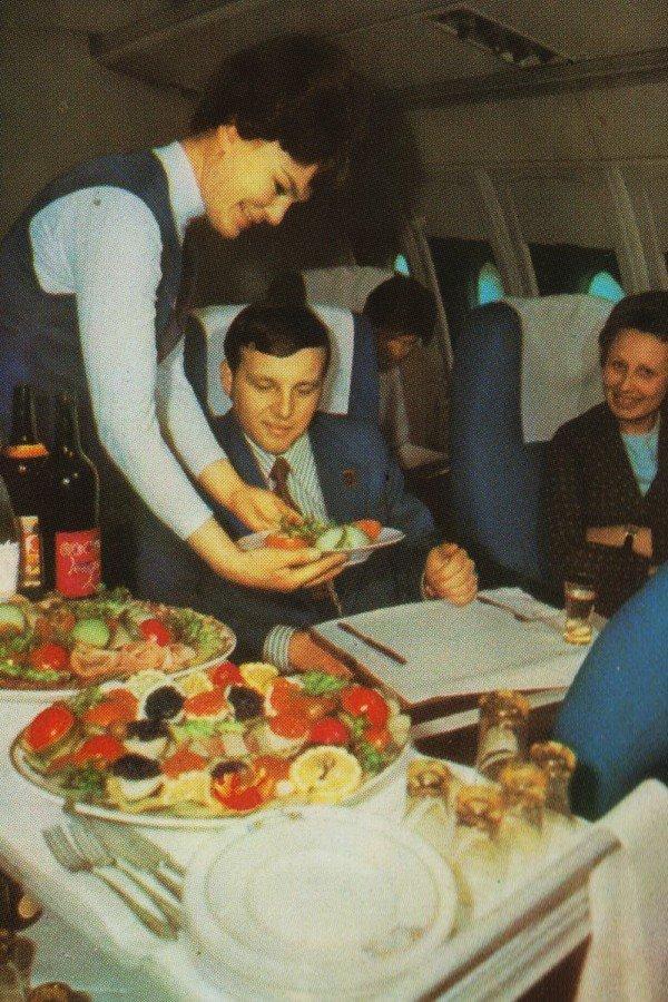 Жизнь и работа летчиков «Аэрофлота» нашла отражение в ряде советских фильмов, в частности «Экипаж»,